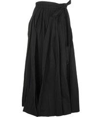 black longuette skirt