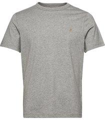 dennis ss tee t-shirts short-sleeved grå farah