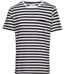verkstad t-shirt t-shirts short-sleeved multi/mönstrad makia