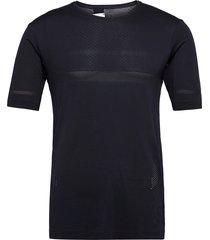 sense seamless tee m night sky t-shirts short-sleeved svart salomon