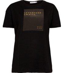over t-shirt w. print t-shirts & tops short-sleeved svart coster copenhagen