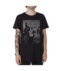 camiseta longline stoned star wars selfie preto