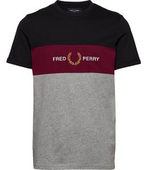 emb panel t-shirt t-shirts short-sleeved grå fred perry