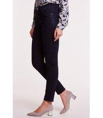 granatowe spodnie jeansowe adele