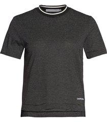 camiseta metallic stripe ss tee calvin klein