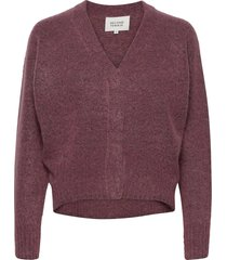 this cardigan with deep v-neck is made from a soft mohair-w gebreide trui paars second female