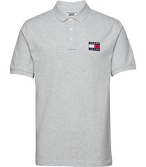 tjm tommy badge polo polos short-sleeved grå tommy jeans