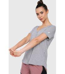 camiseta gris under armour athlete recovery sleepwear