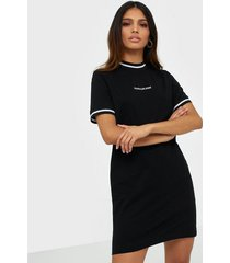 calvin klein jeans neck and cuff tipping tee dress loose fit dresses