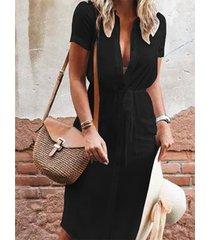 cierre frontal negro con botones diseño mangas cortas vestido