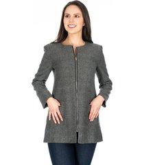 abrigo gris oscuro liso cuello redondo cremalleras plateadas y bolsillos frontales