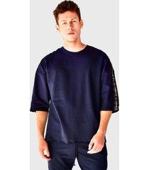 camiseta oversized em moletinho brohood manga curta azul marinho - kanui