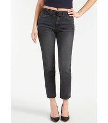 jeansy z paskiem fason relaxed