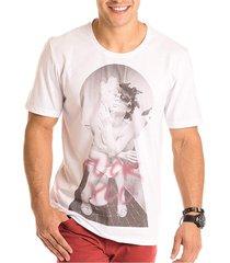 camiseta masculina smoking estampa frontal ecológica - area verde - kanui