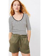 loft petite pull on shorts in soft twill