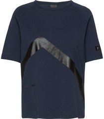 w tech tee t-shirts & tops short-sleeved blå peak performance