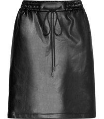 relani-1 knälång kjol svart hugo