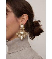 kolczyki żyrandole - złoto i biel, barokowe