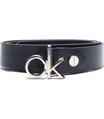 cinturón cuero negro calvin klein