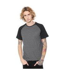 camiseta masculina raglan garfitte com manga preta lisa