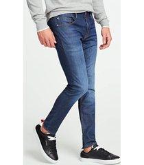 jeansy fason skin tight