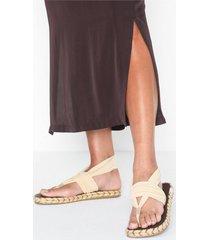 nalho ganika sandal na.0001 flip-flops