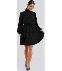 na-kd high neck mini dress - black