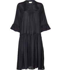 kathea 3/4s dress knälång klänning svart kaffe