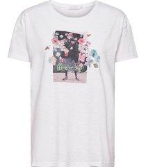 over t-shirt w. flower up print t-shirts & tops short-sleeved vit coster copenhagen