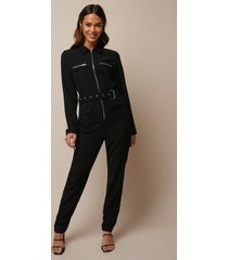 donnaromina x na-kd belted zip detail jumpsuit - black