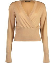 long sleeve v-neck pullover