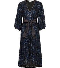 elviragz oz dress ye19 knälång klänning blå gestuz