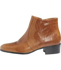 boots roger kent konjak