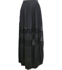 maxi falda encaje negro nicopoly