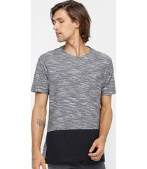 camiseta longline globe especial panel masculina