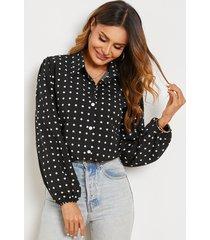 blusa de gasa con mangas de linterna y lunares con cuello de solapa