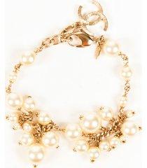 chanel gold tone cc faux pearl bracelet white/gold/logo sz: