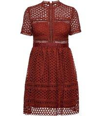 emily dress kort klänning brun by malina