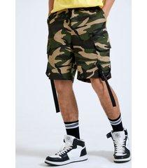 hombres 100% algodón camo print ribbon straps hebilla carga shorts