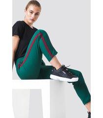 na-kd side stripe joggers - green