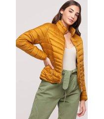 casaco amaro puffer nylon com bolsos zãper mostarda - amarelo - feminino - dafiti