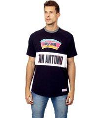 camiseta mitchell & ness especial estampada san antã´nio spurs preta - preto - masculino - dafiti