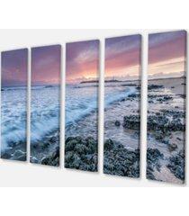 "designart sunset on cape trafalgar beach seascape canvas art print - 60"" x 28"" - 5 panels"