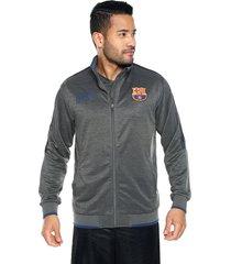 chaqueta gris barcelona