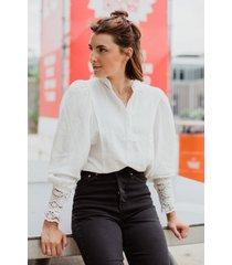 ambika blouse wit 9218