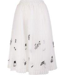 white pleated organza skirt with graffiti