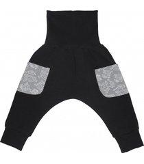 spodnie z bawełny organicznej