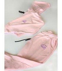 conjunto rosado