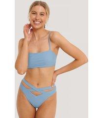 na-kd swimwear bikinitrosa maxi med korslagda band och hög midja - blue