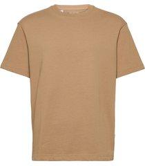 slhloosegilman220 ss o-neck tee s noos t-shirts short-sleeved brun selected homme
